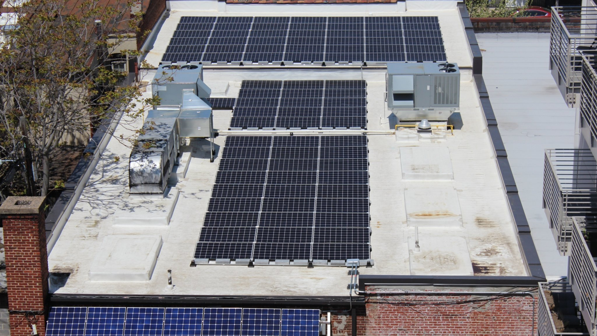 Commercial solar panel system in Washington D.C.
