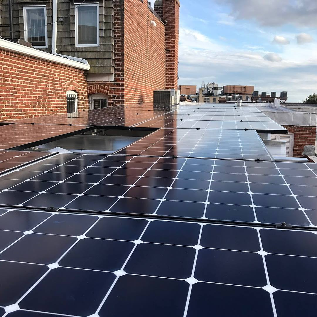Ipsun Power project solar on a flat roof DC