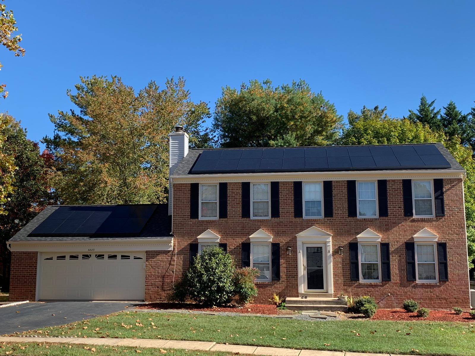 All-black solar modules in Herdon, VA